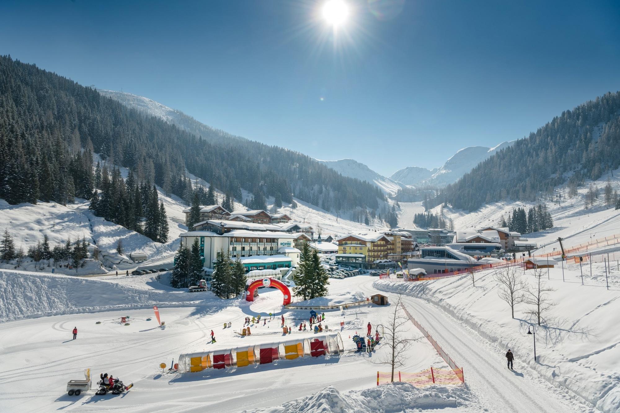 Talstation in Zauchensee mit Kinder-Ski-Paradies