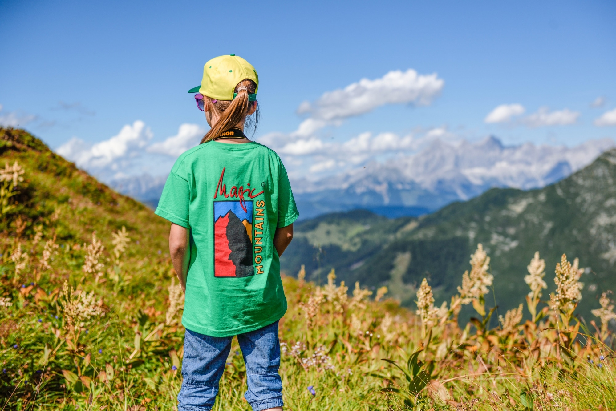 Kind auf der Alm in Zauchensee