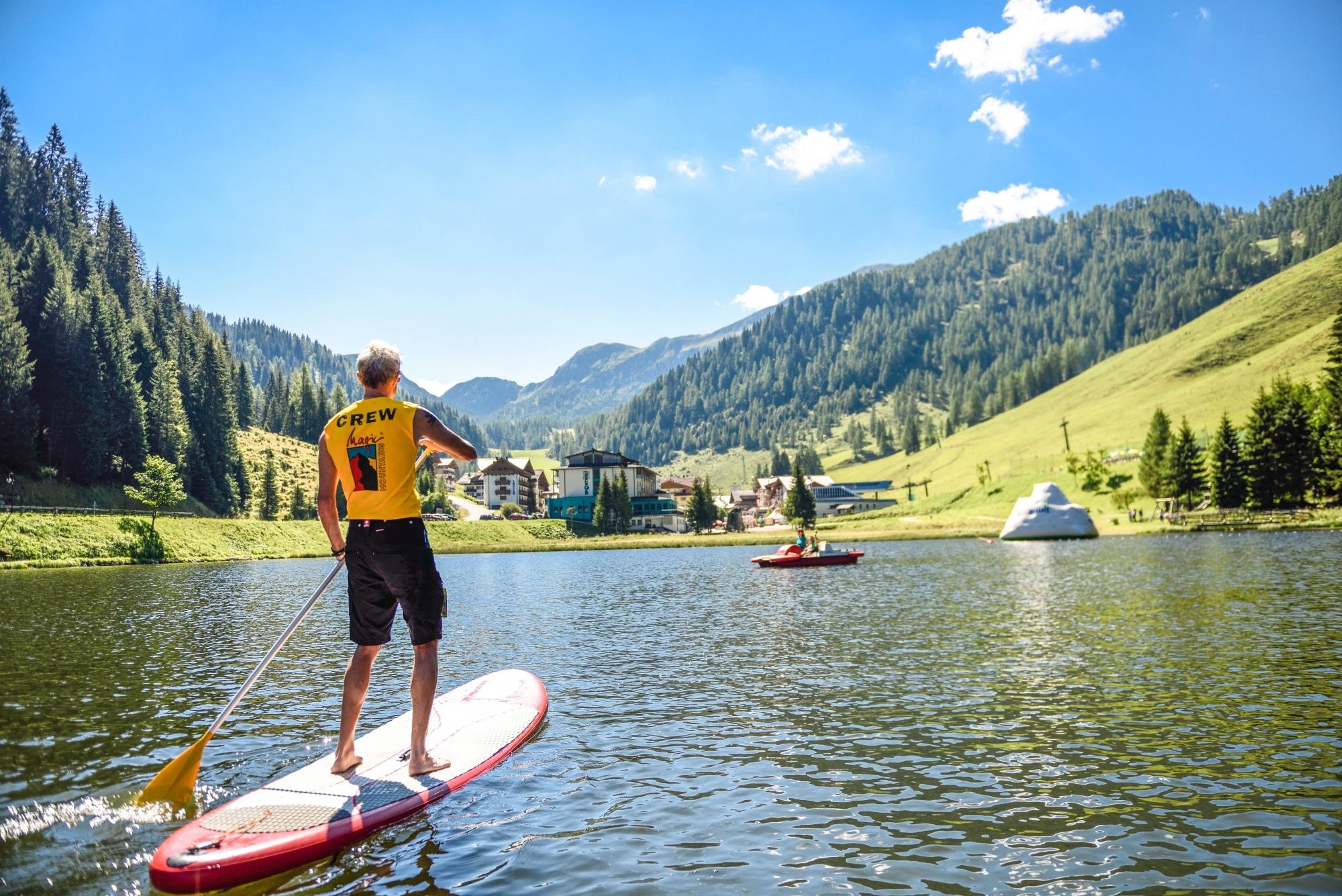 Stand Up Paddling in Zauchensee