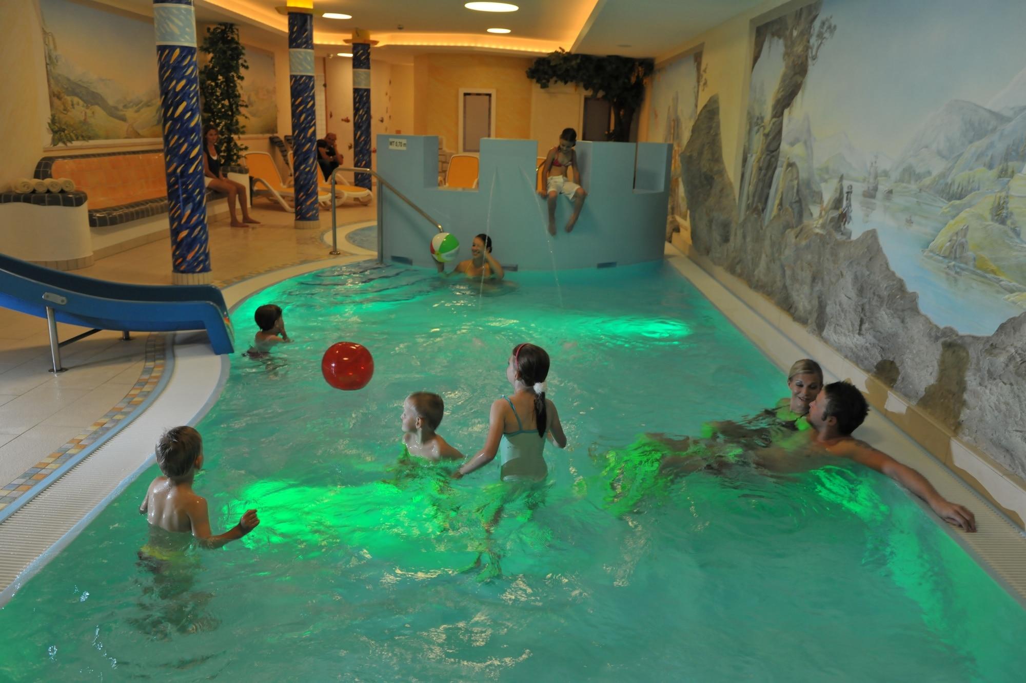 Kinder-Wellnessbereich im Familienhotel Zauchenseehof