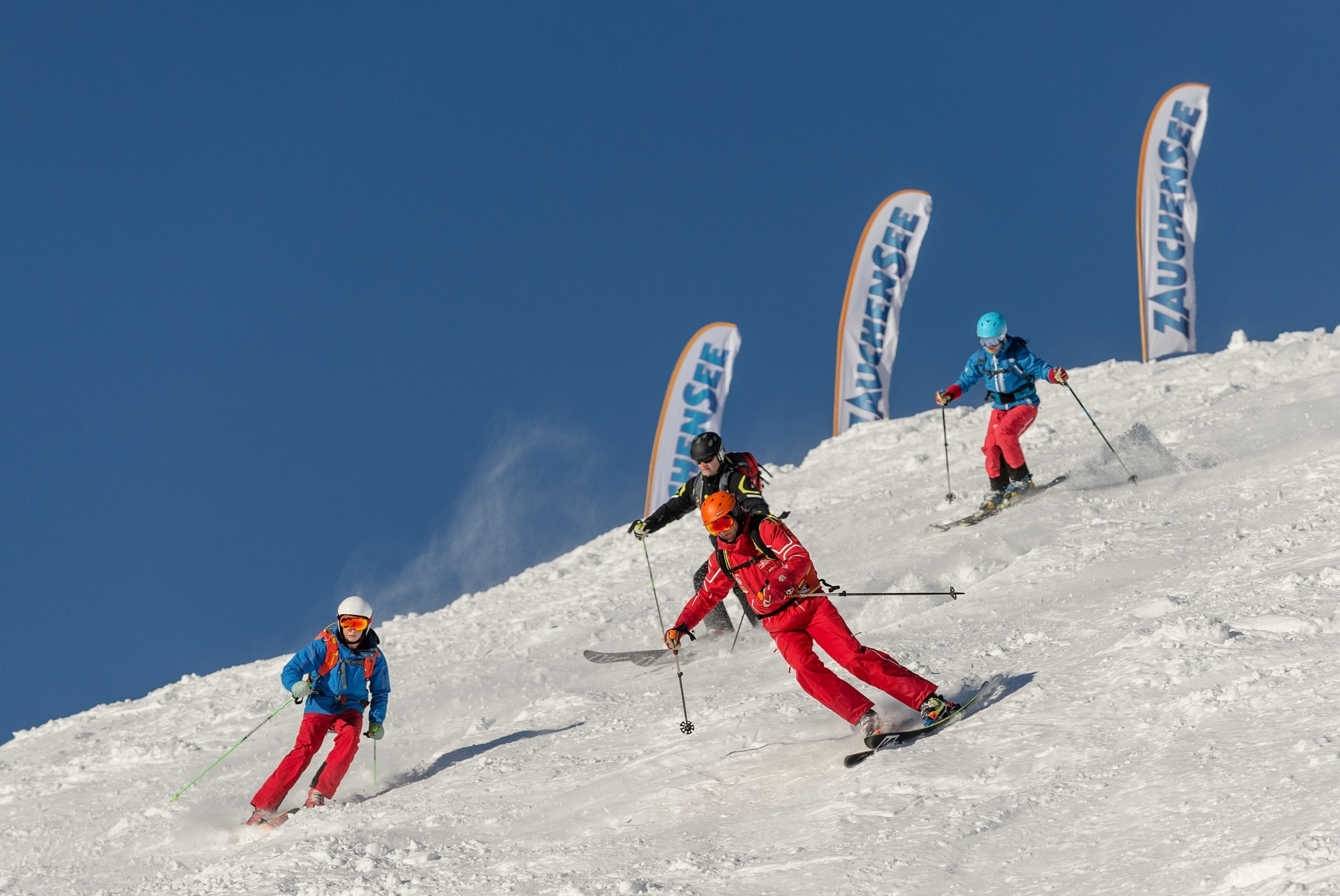 Vier Skifahrer in Zauchensee