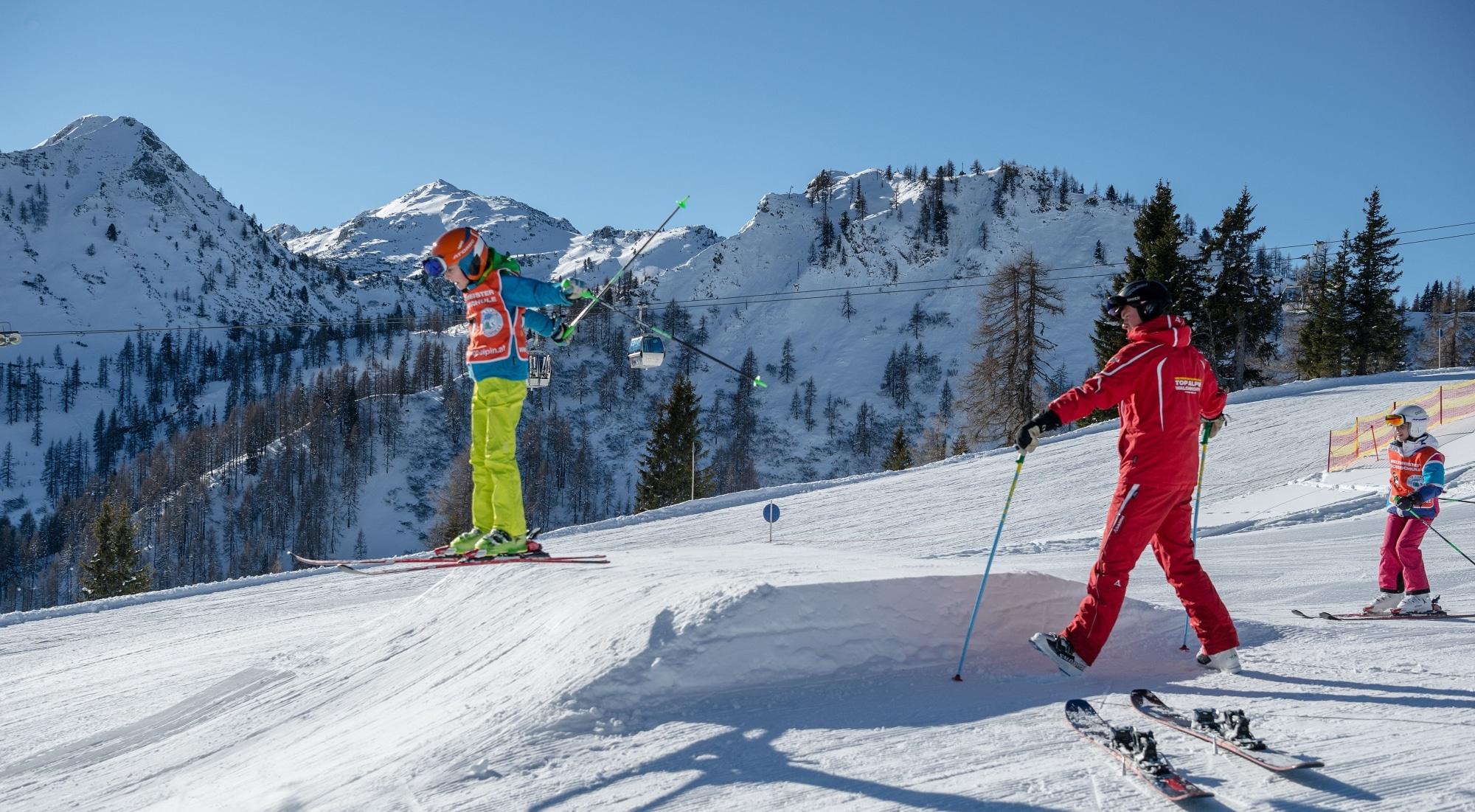 Kinder im Ski-Funpark in Zauchensee