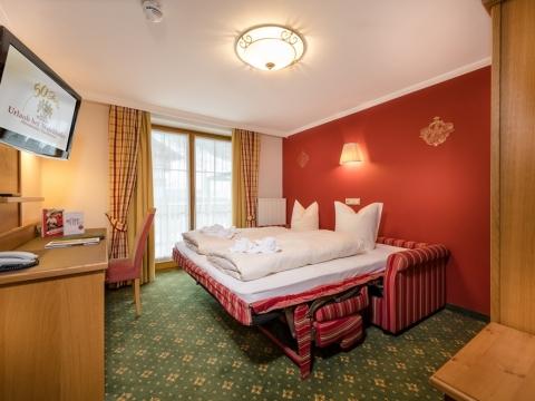 Zimmer mit Schlafcouch im Familienhotel Zauchenseehof