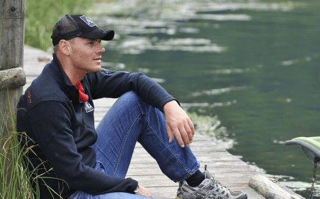 Michael Walchhofer sitzt am Zauchensee