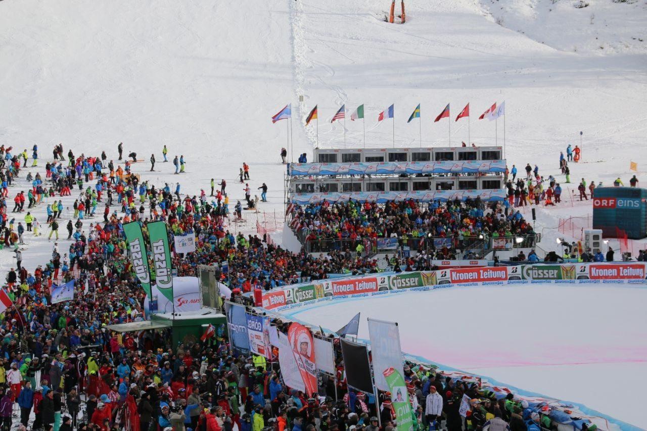 Zielstadion beim Damen-Weltcup in Zauchensee