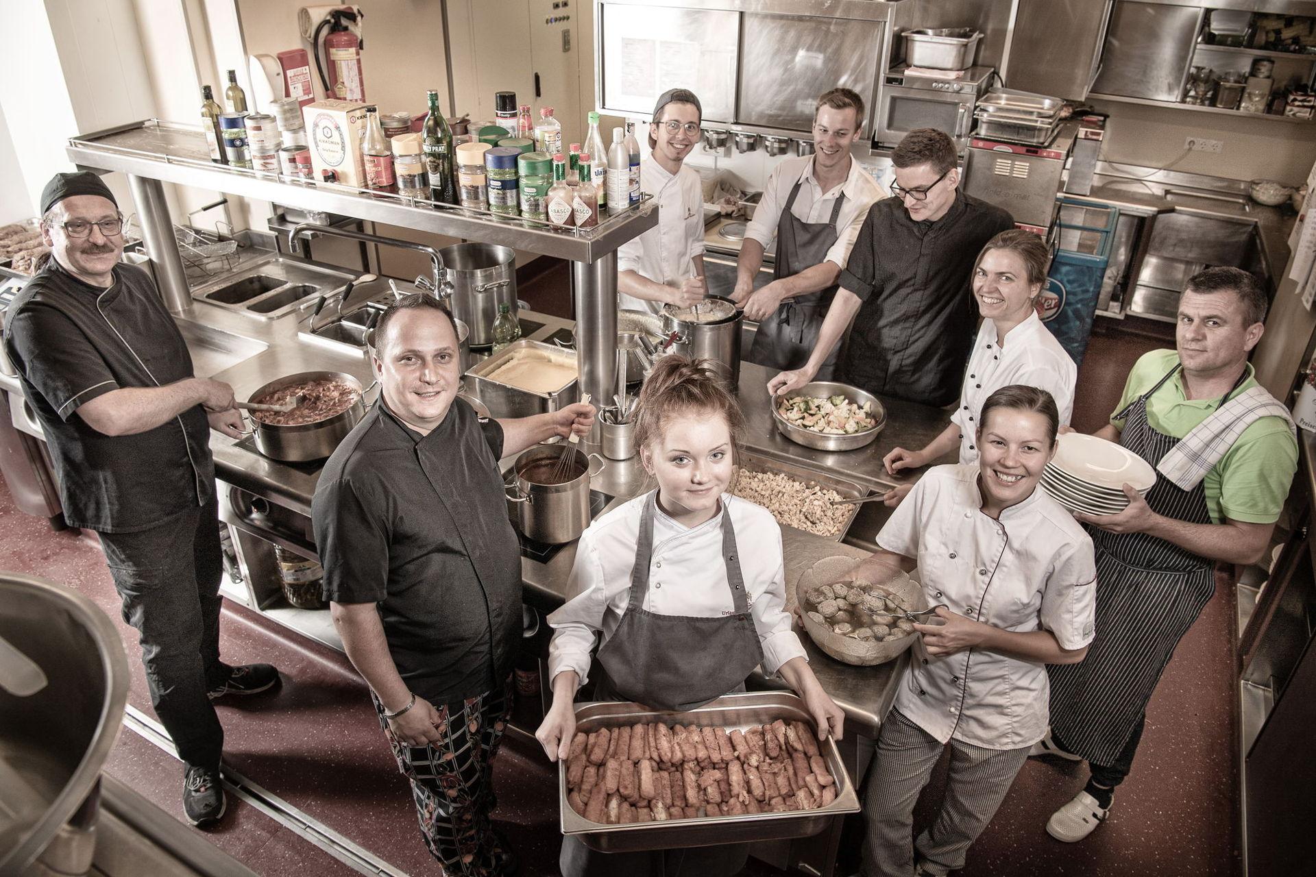 Die Küchenbrigade vom Hotel Zauchenseehof in Österreich