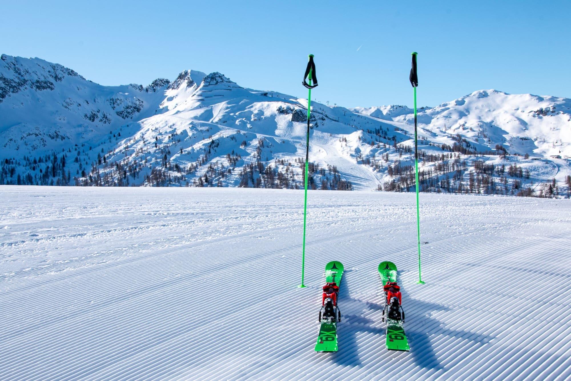Atomic Ski auf der Skipiste in Zauchensee